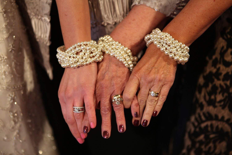 Ivory pearl bracelet braided twisted chunky statement pearl bracelet bridesmaid bridal
