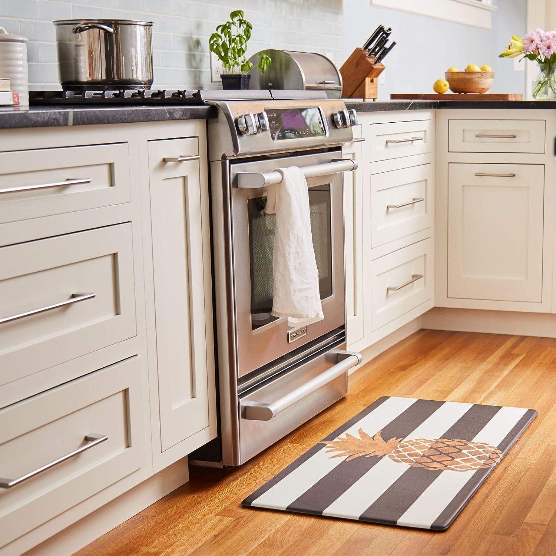 Nicole Miller New York Home Sweet Home Wreath Modern Kitchen Mat, White/Brown, 20