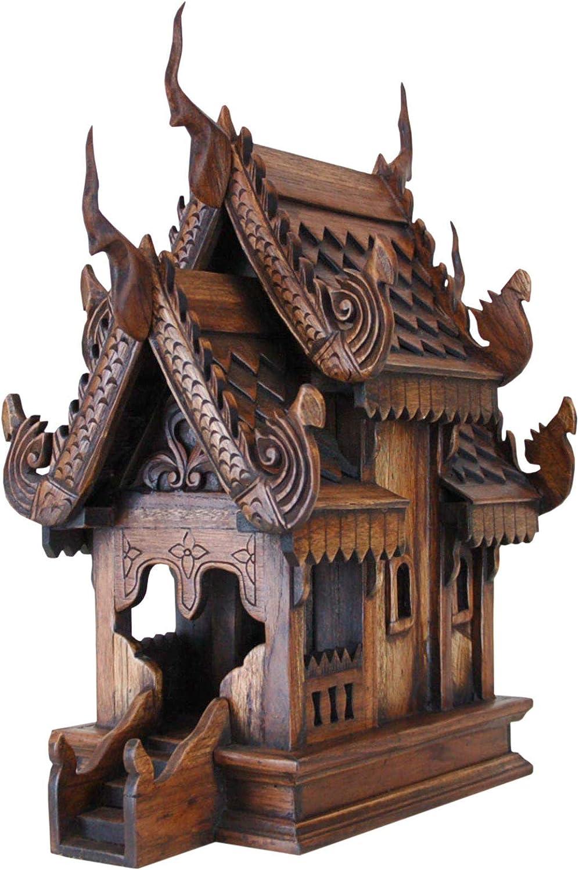 Traditionelles thailändisches Geisterhaus aus Holz