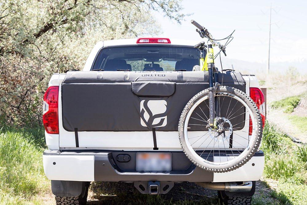 Truck tailgate bike pad