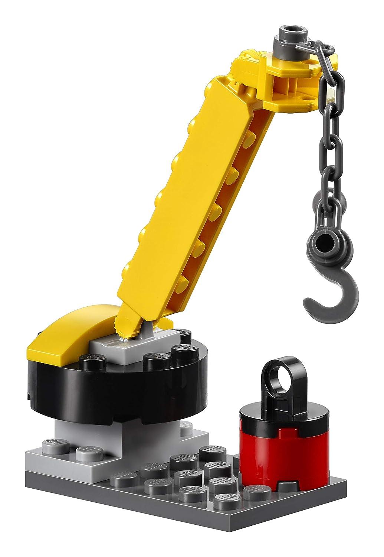 LEGO 10743 Juniors Smokeys Garage