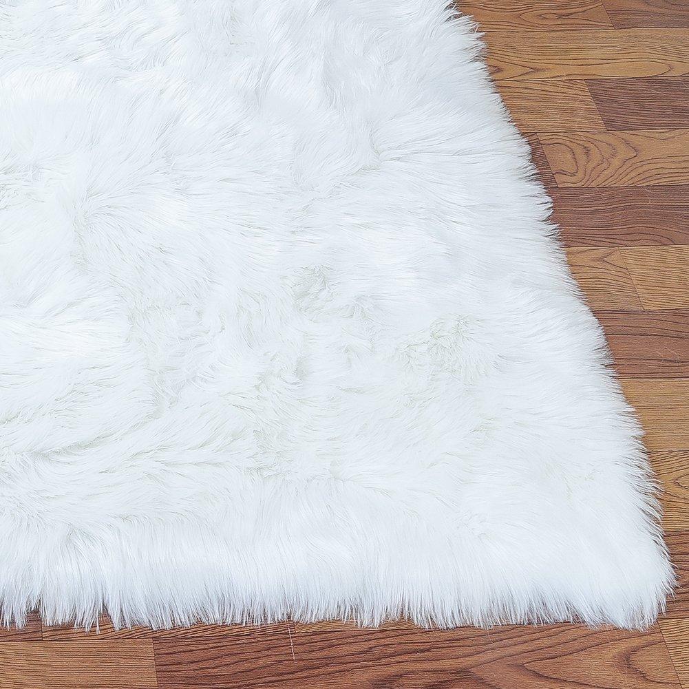 LOCHAS Stylish Fluffy Rug White Faux Fur Sheepskin Area Rugs for Bedroom, Soft Furry Rugs Bedside Living Room Carpet Nursery, 4x6 Feet by LOCHAS (Image #6)