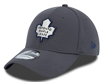 new style efb89 118b3 Toronto Maple Leafs New Era 39THIRTY GrafPop Tech 2 Flex Fit Hat Hut