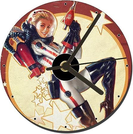 MasTazas Fallout 4 Nuka World - Reloj de Mesa para CD (12 cm): Amazon.es: Hogar