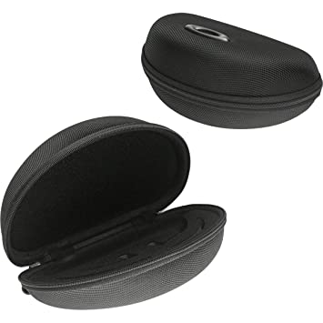 61d193251533c Amazon.com  Oakley Radar Array Soft Vault Case Sunglass Accessories ...