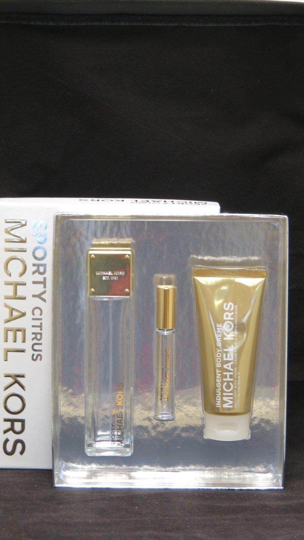 Michael Kors Collection Sporty Gift Set
