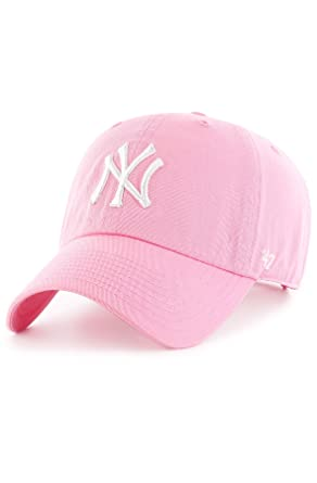 2f1d84c9b8d Amazon.com   47 New York Yankees Dad Hat Brand Pastel Clean Up Slouch Fit  Strapback (Rose Pink)  Clothing