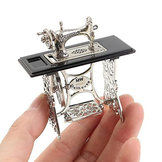 Amazon.com: Taiguang Miniature Sewing Machine Ornaments for 1/12 Scale Dollhouse DIY Decoration Gift: Home & Kitchen