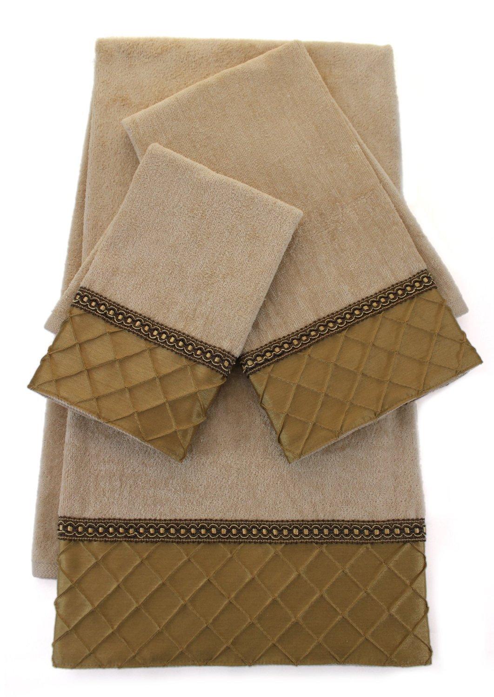 Sherry Kline 3 Piece Pleated Diamond Decorative Towel Set, Gold