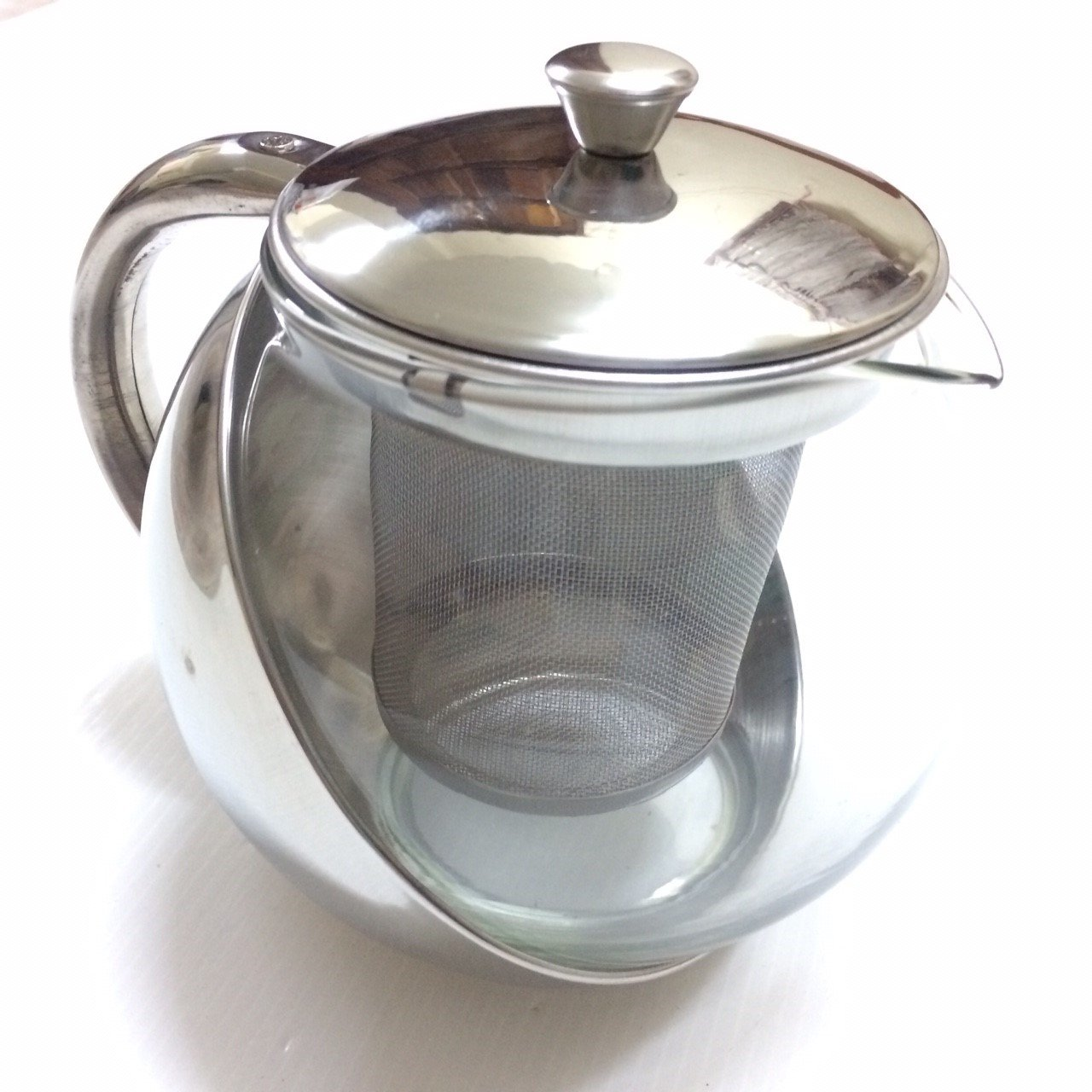 Half-Moon Teapot and Tea Strainer Set & Lid Teapot Kettle Kitchen Dining 25.36 oz.