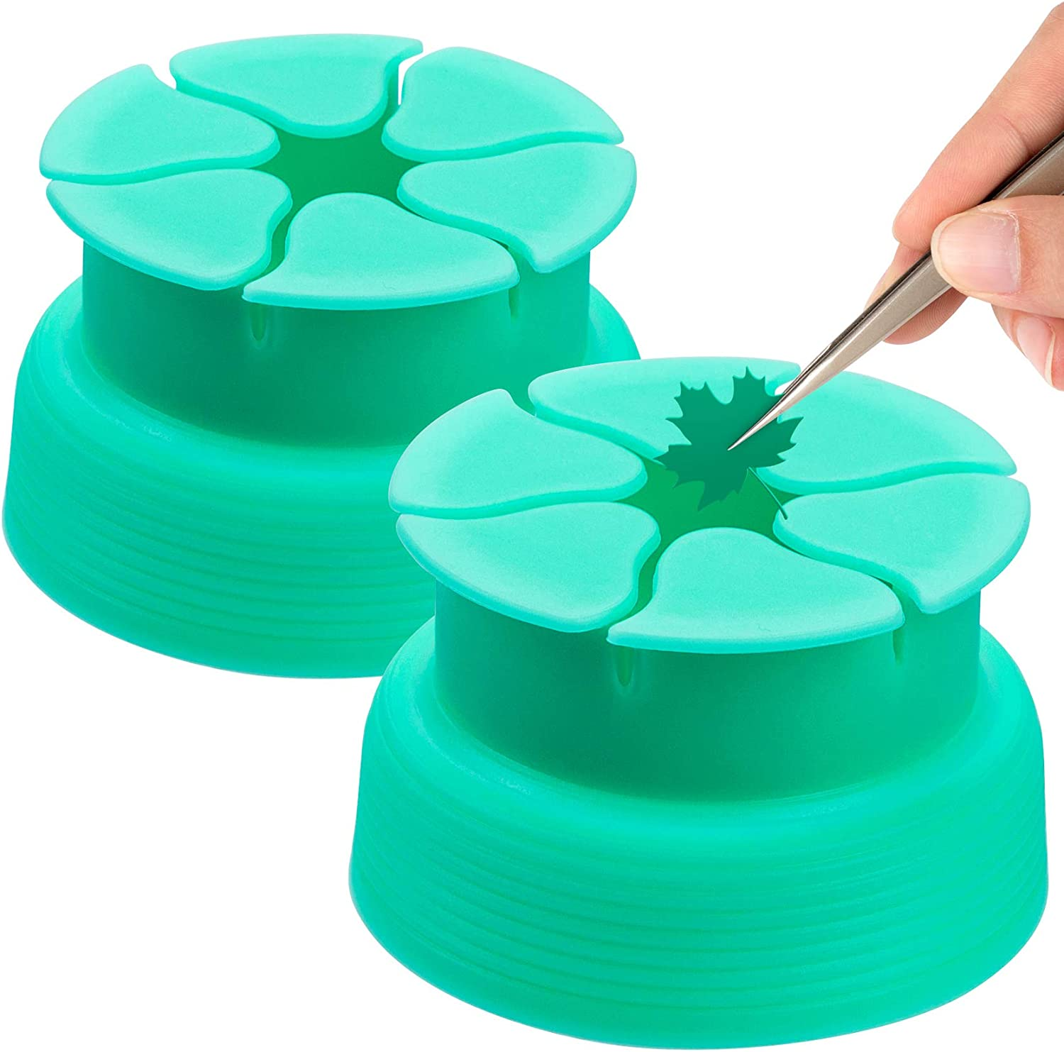 PAGOW 2PCS Vinyl Weeding Scrap Collector, Silicone Suction Cups for Heat Transfer Vinyl, HTV Craft Weeding Tools Holder Set Kit for Vinyls Weeder (Green)