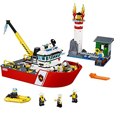 LEGO CITY Fire Boat 60109: Toys & Games