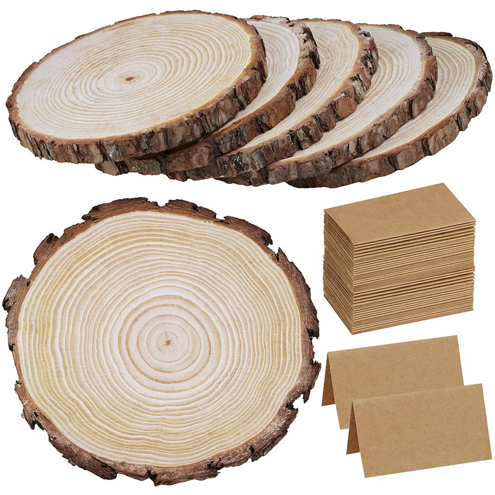 6 Pcs 9'-11' Wide Large Natural Round Wood Slices with Bark Pine Wood Slices Table Mat with 50 Pcs Kraft Place Cards for for Wedding Centerpiece DIY Woodland Projects Table Chargers Country Decor Supla