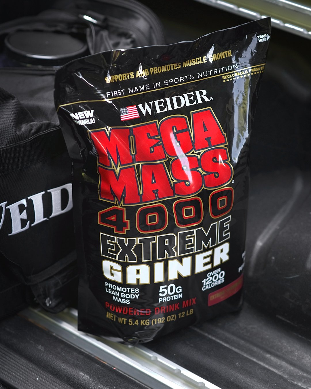 Weider Megamass 4000 Extreme Gainer - Our Best Selling Gainers - 50 Grams of Protein per Serving - Over 1,200 Calories - Over 250 Grams of Carbs by Weider (Image #5)