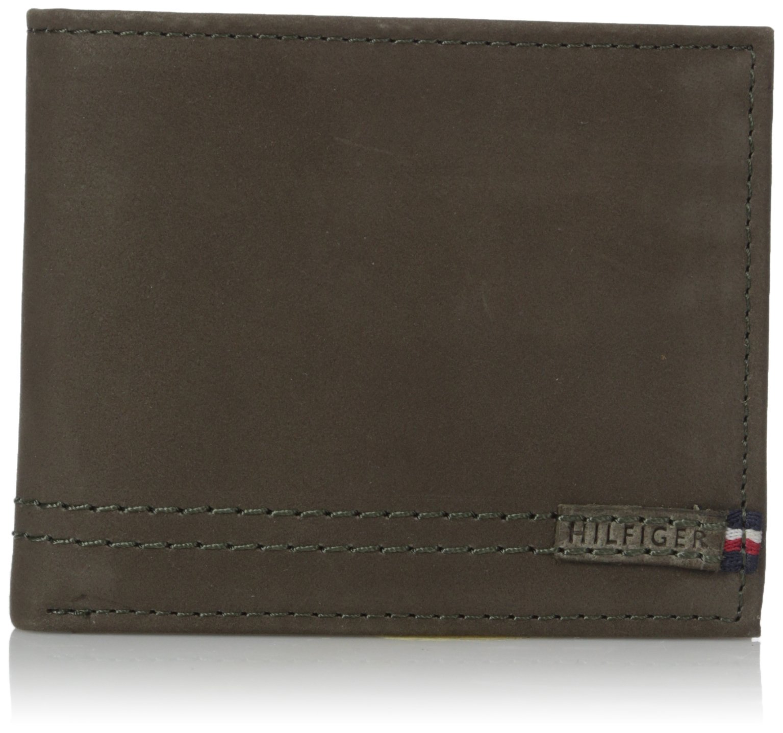 Tommy Hilfiger Men's 100% Leather Passcase Wallet