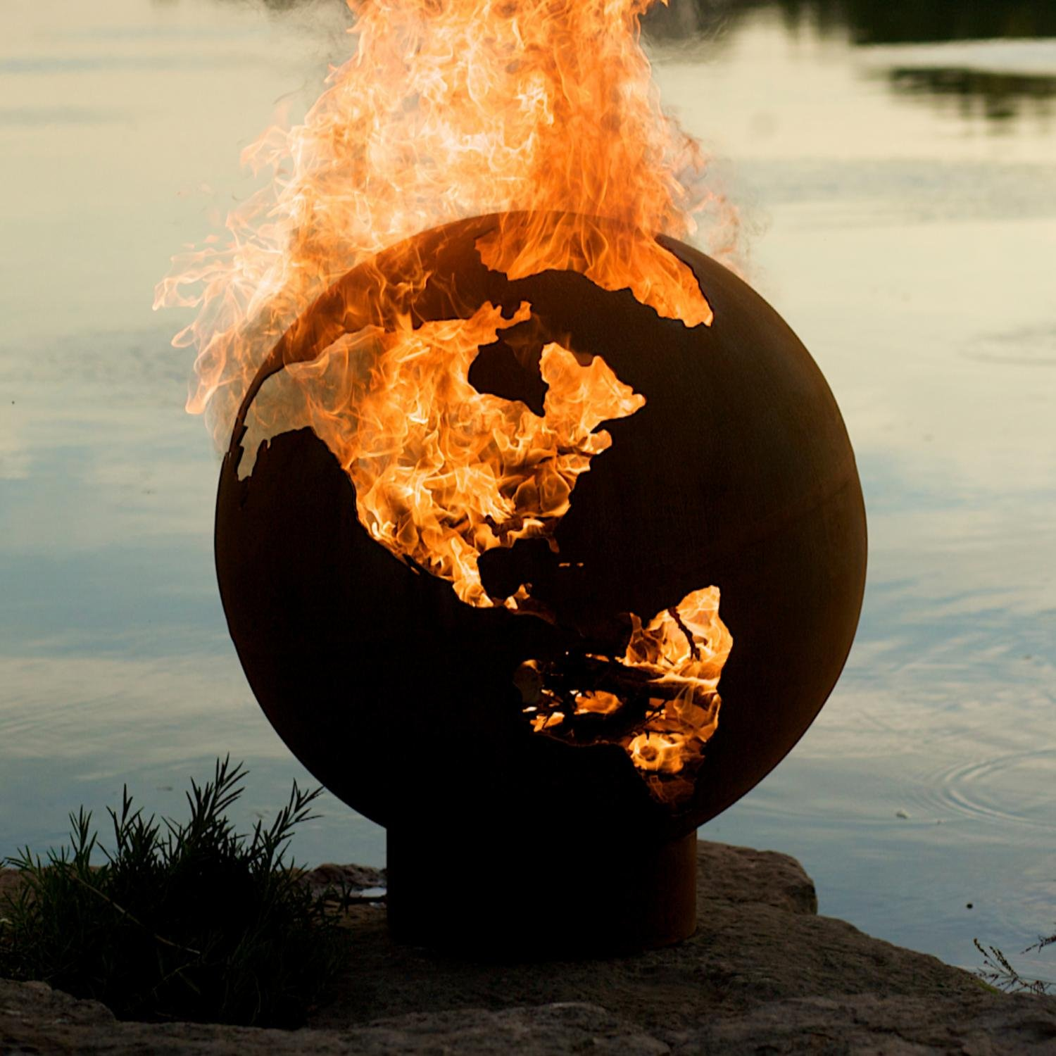 Amazon.com : Fire Pit Art Third Rock Fire Pit : Fire Pit Globe : Garden &  Outdoor - Amazon.com : Fire Pit Art Third Rock Fire Pit : Fire Pit Globe