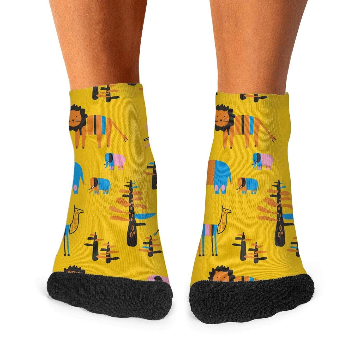 Mens Athletic Low Cut Ankle Sock Lion And Baby Elephants Giraffe Short Lightweight Sock