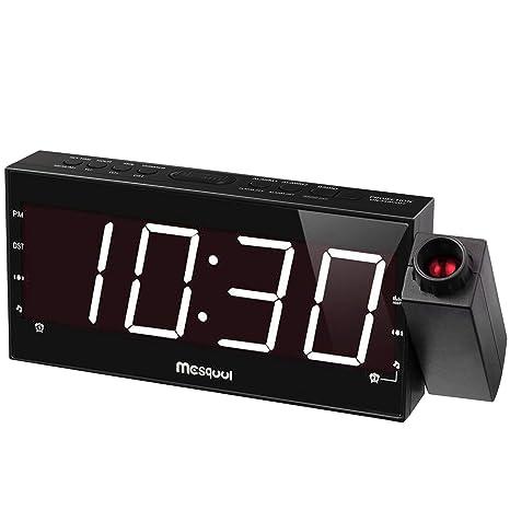 Mesqool (versión Mejorada) Regulable de proyección Digital Am/FM Radio Reloj Despertador con