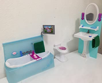barbie size dollhouse furniture bathing fun with bath tub toilet play set amazoncom barbie size dollhouse