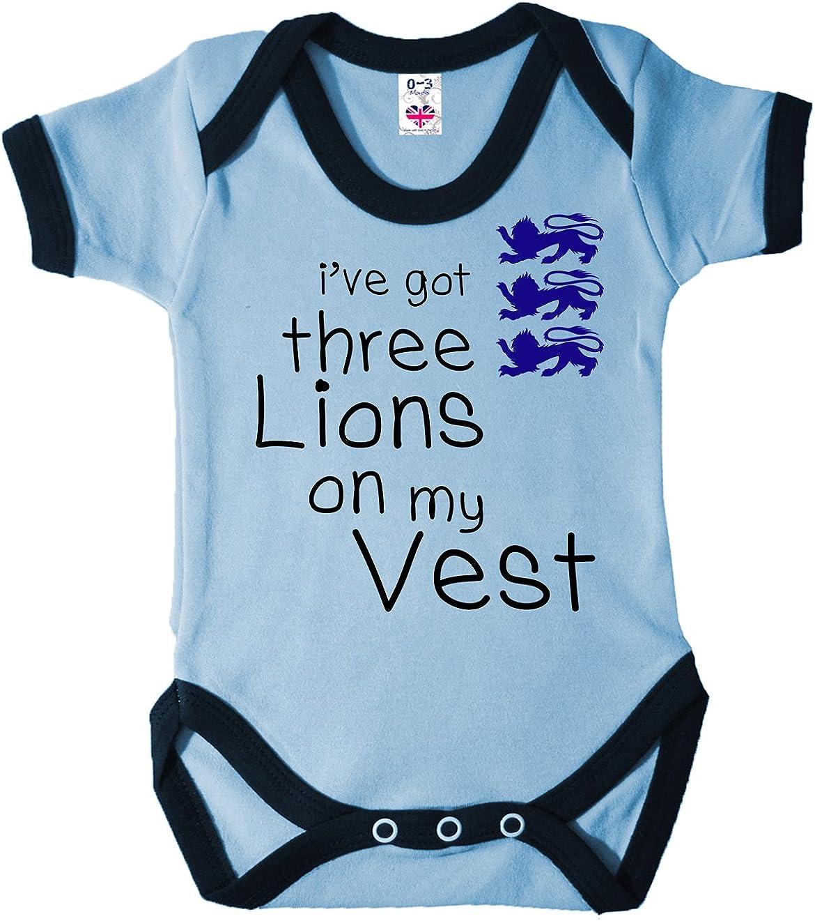 "Dirty Fingers /""I/'ve got 3 Lions on my Vest/"" Bodysuit Baby Football England Team"