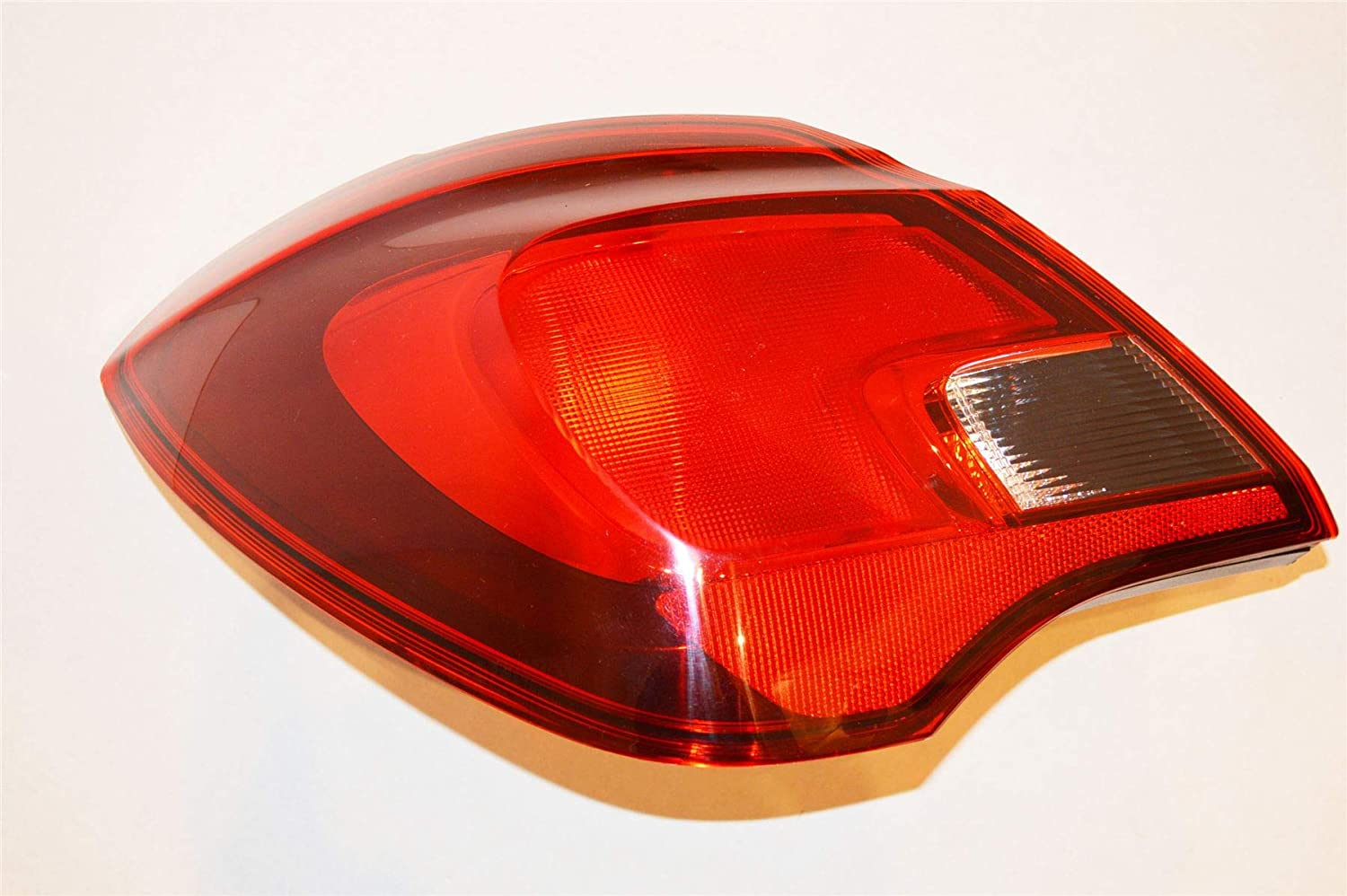 for 5 Door Model NEW from LSC LSC 2987 : Left Side Rear Light//Lamp Outer