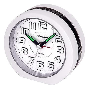 Reloj Despertador Analógico,Visualización de Números en 3D Operador a Batería Silencio Sin Tictac Reloj