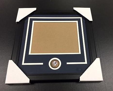 Amazon New York Yankees Medallion Frame Kit 8x10 Photo Double