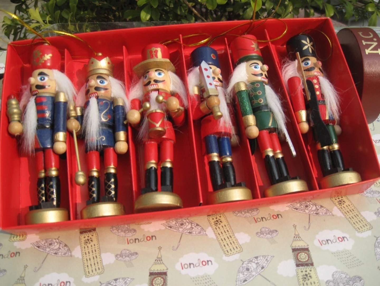 6pcs per set Unique design nutcrackers,soldiers ,wooden puppet CANDYCOILOVER mmtr006
