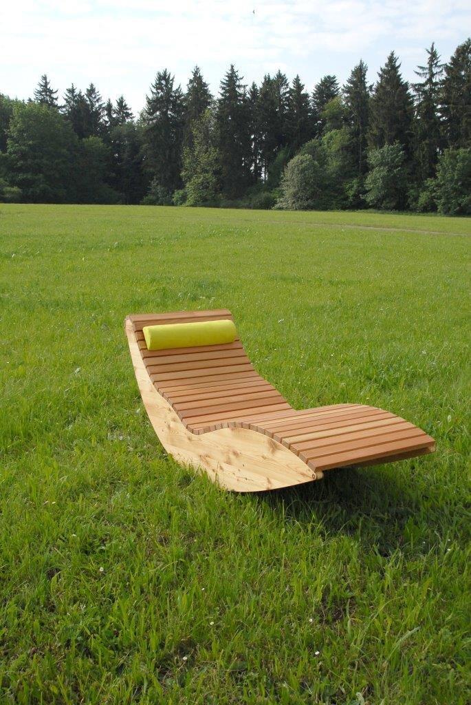 Relaxliege garten holz  Amazon.de: Wippliege Querlattung aus Holz, für den Garten und ...