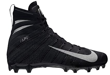 Amazon.com  Nike Men s Vapor Untouchable 3 Elite Football Cleats ... 5ba95f427