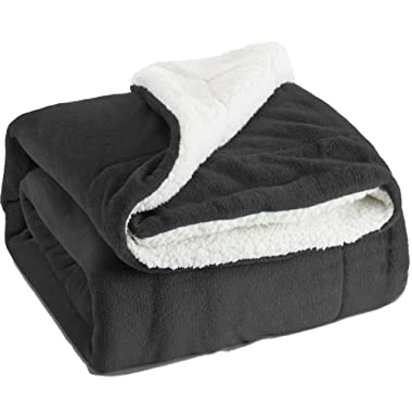 Bedsure Sherpa Fleece Blanket Twin Size Dark Grey Plush Throw Blanket Fuzzy Soft Blanket Microfiber