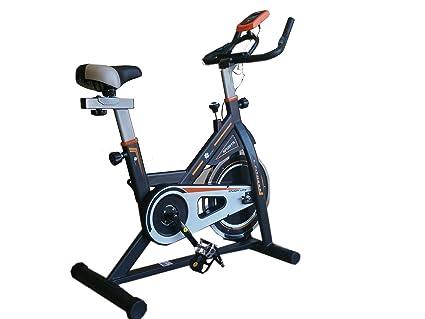 Bicicleta de spinning con volante de inercia