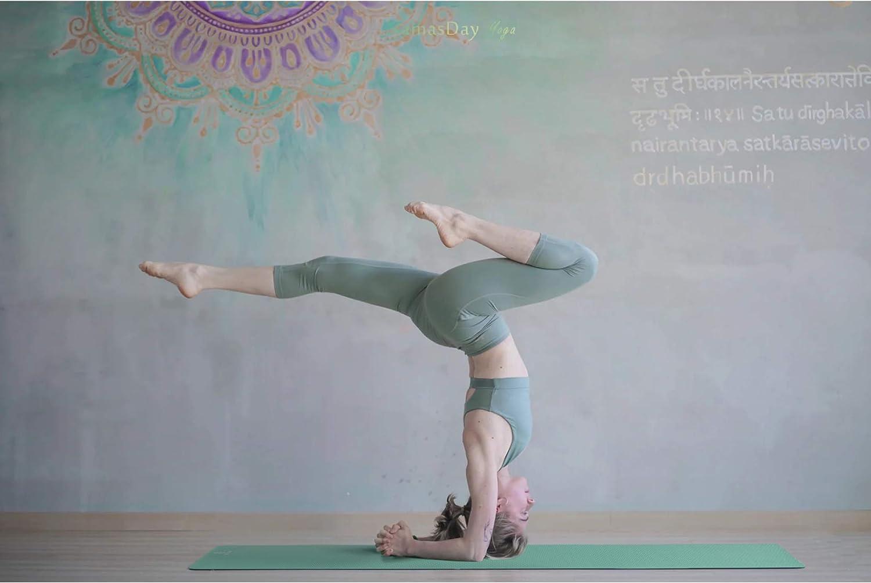 GOLDEN Esterilla Antideslizante para Yoga, Pilates, Fitness, Material Caucho Natural de Doble Cara, XL 183 x 66 x 0,4 cm, Esterilla de Deporte