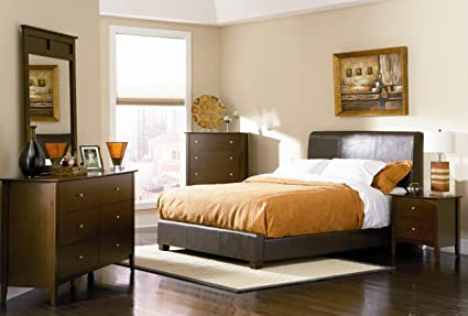 Amazon Com Coaster Fine Furniture Tamaras Bedroom 4 Pc Includes 1