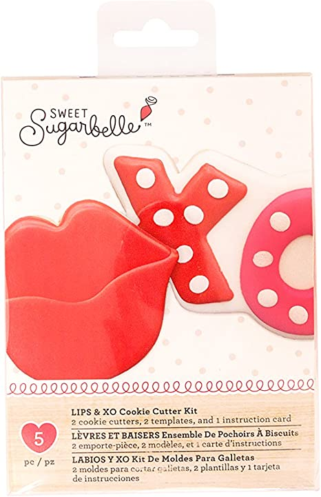Amazon.com: Sweet Sugarbelle 2 Piece Cookie Cutters Lips and ...