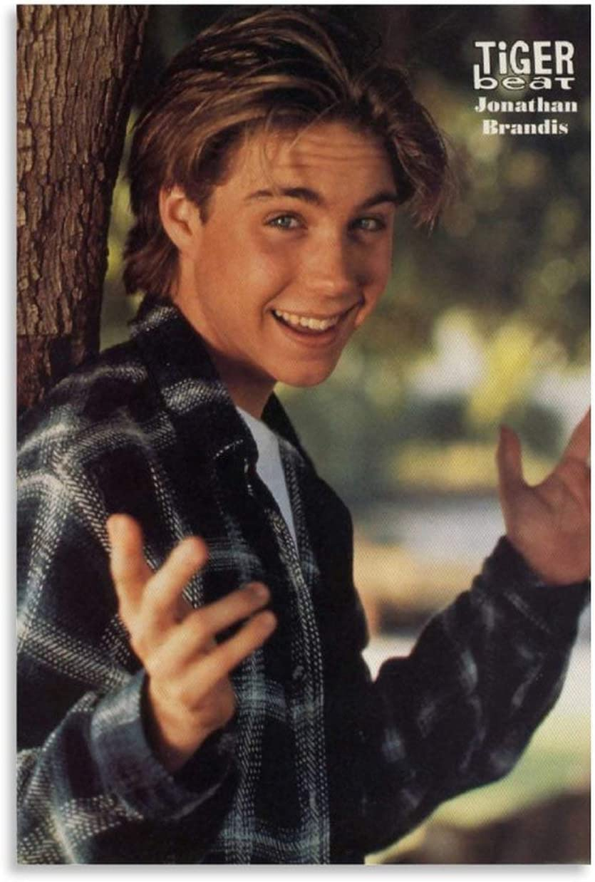 Actor Jonathan Brandis' Charming Smile, Commemorative Poster Canvas Art Poster and Wall Art Picture Print Modern Family Bedroom Decor Posters 16x24inch(40x60cm)