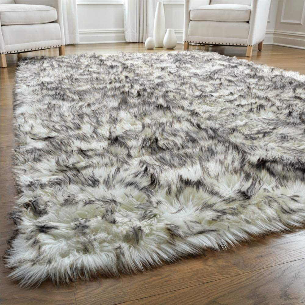 Gorilla Grip Premium Faux Fur Area Rug, 5x7, Fluffy Sheepskin Shag Carpet Accent Rugs for Bedroom and Living Room, Luxury Indoor Home Decor, Bed Side Floor Plush Carpets, Rectangle, Frosted Tips Black
