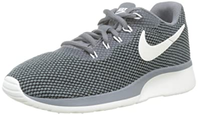 low priced 0788a 334c3 Nike WMNS Tanjun Racer, Chaussures de Gymnastique Femme, Gris (Cool  Grey sail