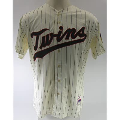 f2165a6ff 2015 Minnesota Twins Aaron Hicks  32 Game Issued Cream Home Baseball Jersey  - Game Used