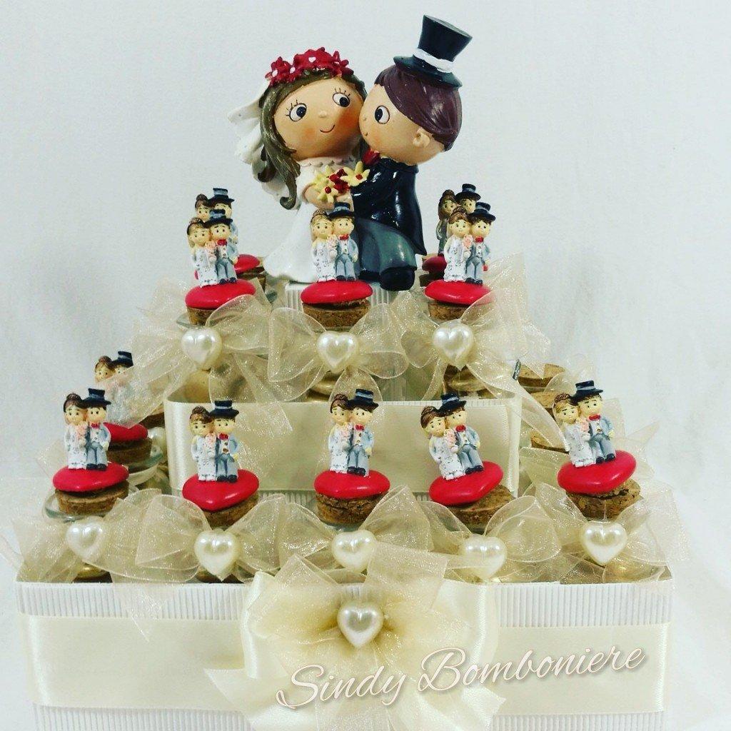 Bomboniere matrimonio aprifesta vasetti barattolo sposini sposi confetti + bigliettino cuore (Torta da 48 bomboniere + centrale)