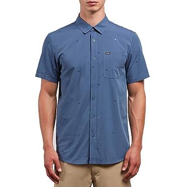 d7b2e0902ce1 Amazon.com: Volcom Men's Bleeker Short Sleeve Button Up Shirt: Clothing