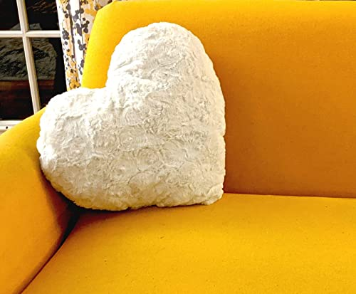 DaDa Bedding Hand-Made Heart Shaped Throw Pillow – Valentine Luxury White Roses Cushion with Sewn Insert – Cute Romantic Gift Soft Faux Fur Sherpa Backside – 16 x 14