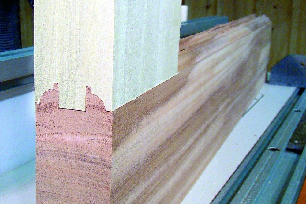 CMT 800.527.11 3-Piece Entry /& Interior Door Router Bit Set in Hardwood Case 1//2-Inch Shank