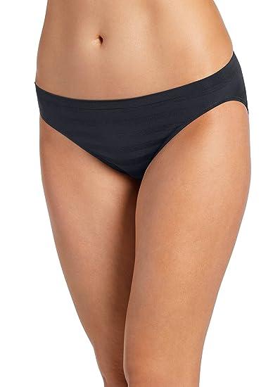 43a59a05ca5d2 Jockey Women s Underwear Matte   Shine Seamfree Bikini at Amazon ...