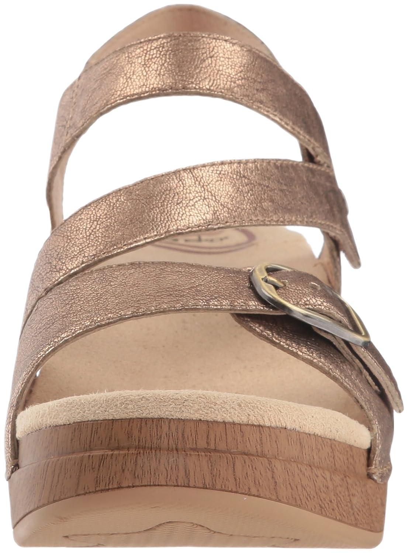 Dansko Women's Shari Flat Sandal B072WG284F 37 M EU (6.5-7 US)|Gold Nappa