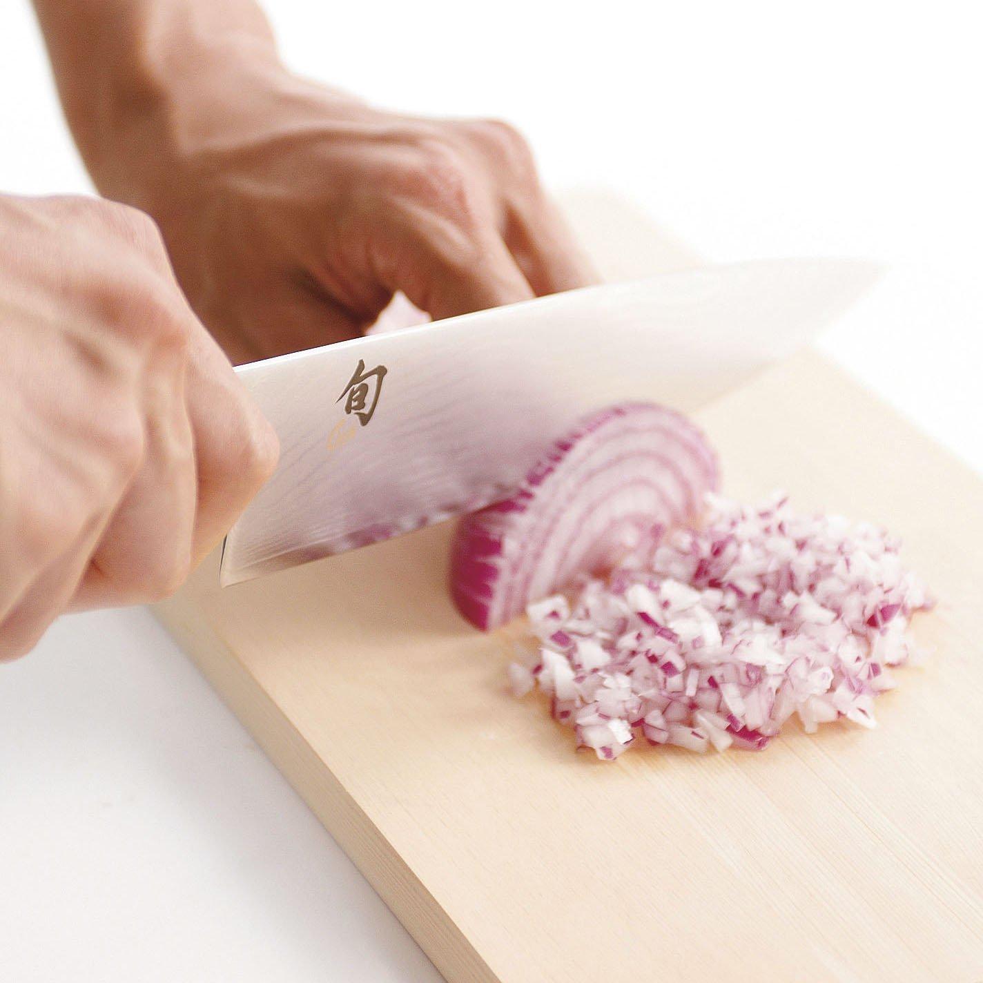 Shun TDM0702 Premier Santoku Knife, 7-Inch & Kai Diamond and Ceramic Retractable Knife Sharpener (Bundle)