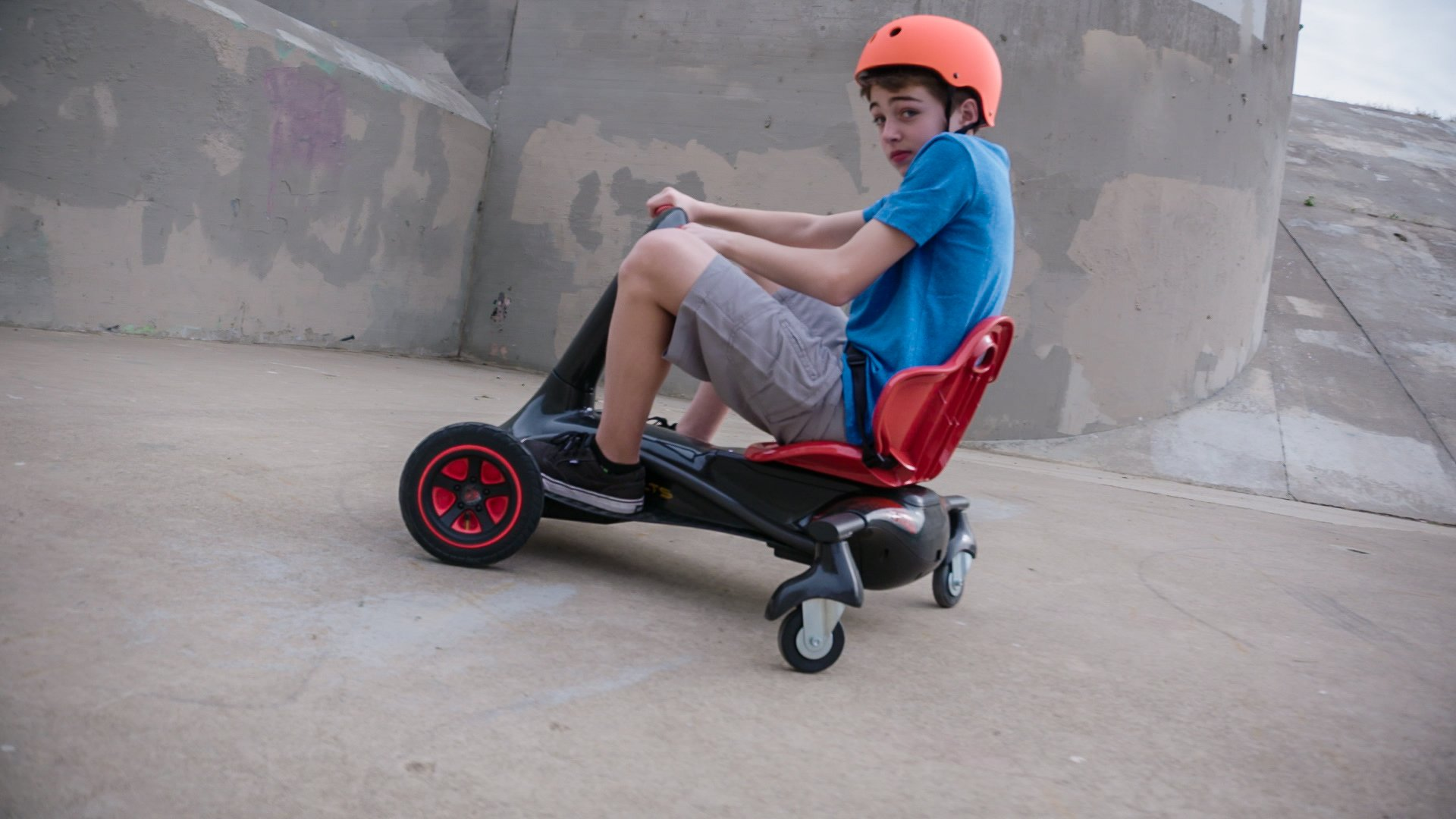 Rollplay Turnado 24-Volt Battery-Powered Ride-On by Rollplay (Image #8)