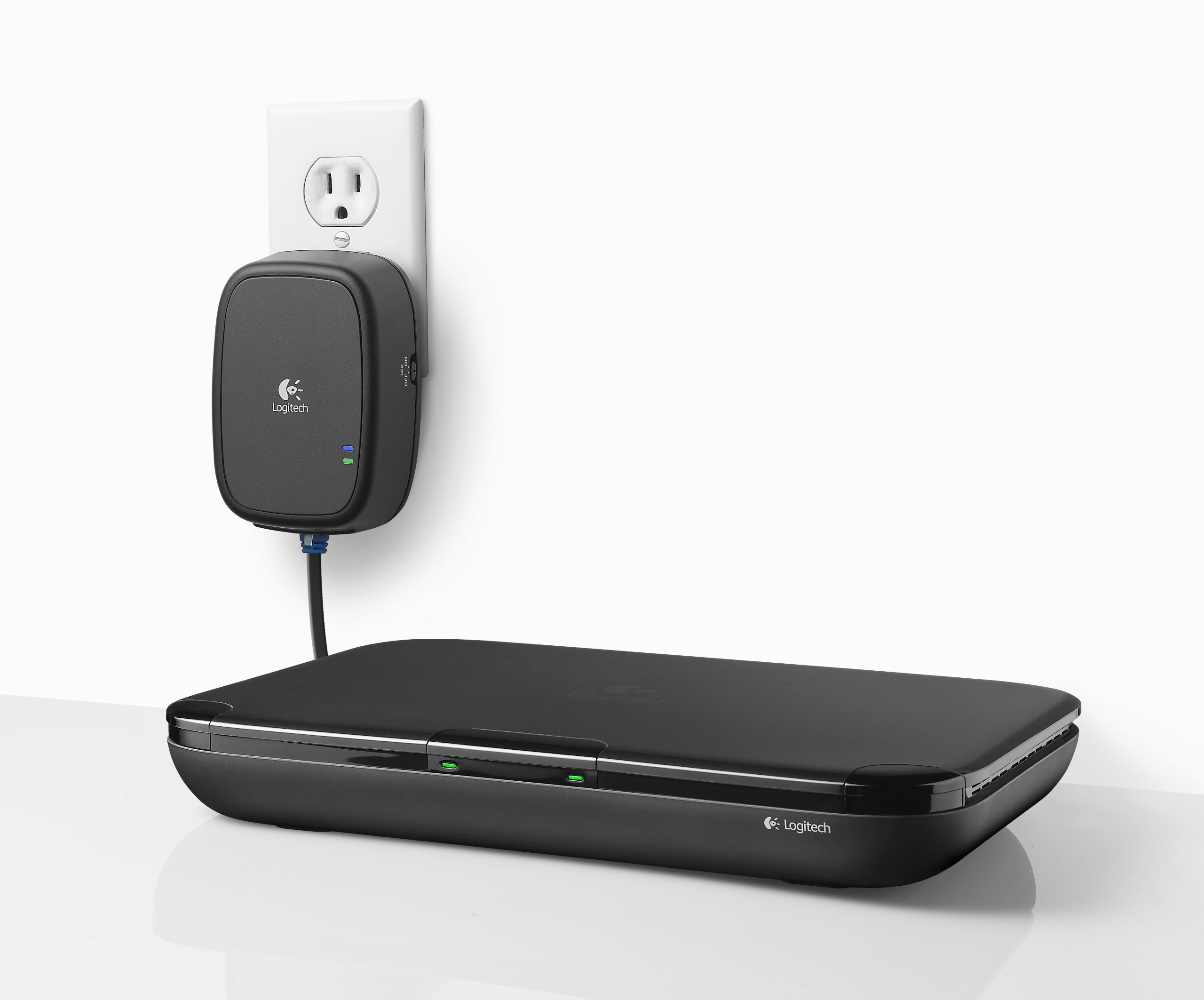 Logitech HD Powerline 200 Adapter - Connect Devices to Internet Using Existing Power Outlets by Logitech (Image #4)