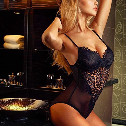 8a95ae12204 Amazon.com  SCSAlgin Women Lingerie Corset Lace Underwire Racy Muslin  Bodysuit Temptation Sexy  Clothing