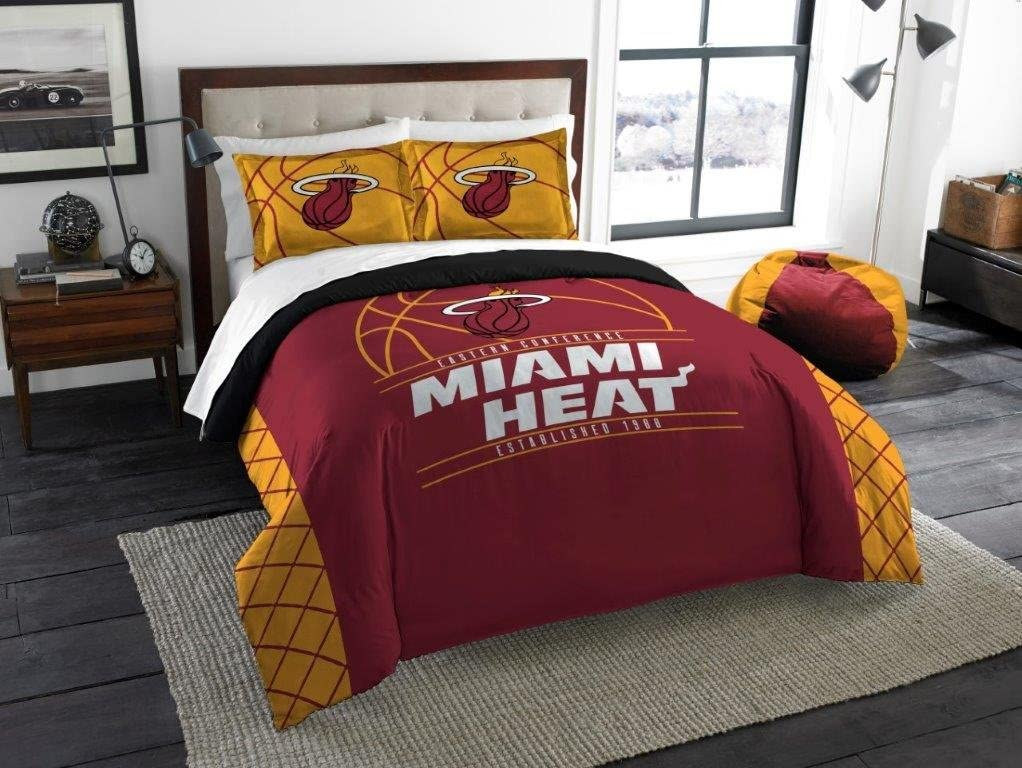 "Miami Heat - 3 Piece FULL / QUEEN SIZE Printed Comforter & Shams - Entire Set Includes: 1 Full / Queen Comforter (86"" x 86"") & 2 Pillow Shams - NBA Basketball Bedding Bedroom Accessories"